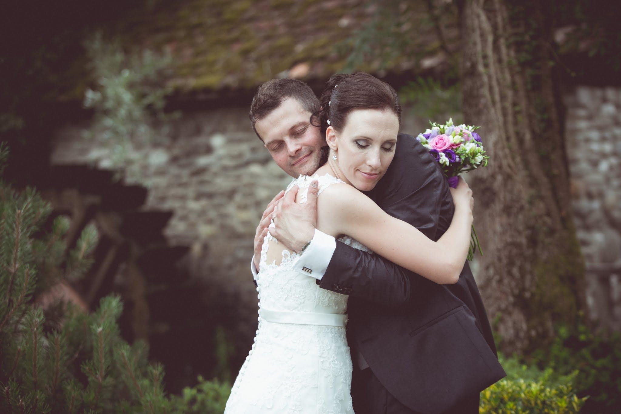poročna torta, zaročni prstan, poročna tradicija, tradicija poroke, cena poroke fotografiranje na terenu, terensko fotografiranje, , hochzeitsreportage, hochzeitsfotograf,hochzeitsfotos, hochzeit