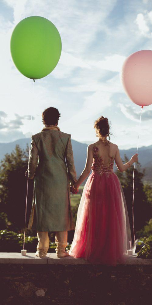 mladoporočenca z baloni gostilna pri lojzetu