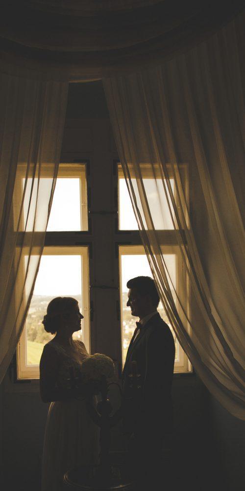 Ženin in nevesta poroka na gradu ptuj